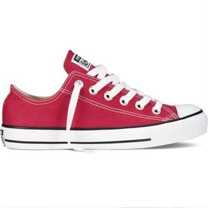 Converse All Star Chuck Taylor Sneakers Size 6 Red